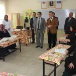 Kaymakam Karagül'ün okuma yazma kurslarını ziyareti