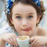 Çocuklar kahve içebilir mi? Zararlı mı?