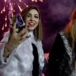 İranlı kızlar Sarıkamış'ta coştu!