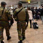 Brüksel'de asker sokakta!