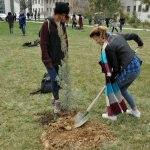 Öğrenciler Afrin şehitleri anısına fidan dikti