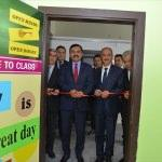 TÖMER'de yabancı dil sınıfı ve kütüphane açıldı