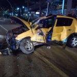 Giresun'da kamyonetle taksi çarpıştı: 4 yaralı