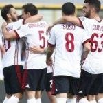 Hakan Çalhanoğlu yıldızlaştı, Milan kazandı