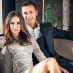 Mustafa Sandal eşi Emina'ya şarkı besteledi