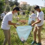 Silopili öğrencilerden mezarlık temizliği