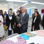 Cizre'de kültür merkezinden sergi