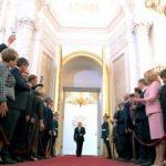 Rusya'da hükümet istifa etti!