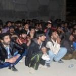 150 göçmeni köprü altına bırakıp gittiler