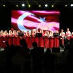 Ukraynalı Bereginya Korosu'ndan ilahi konseri