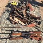 Demirci atölyesinde 22 ruhsatsız av tüfeği ele geçirildi