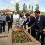 Emekli Korgeneral Polat, mezarı başında anıldı
