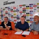 Aytemiz Alanyaspor, Mesut Bakkal ile sözleşme yeniledi