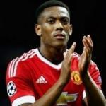 Manchester United'dan ayrılmak istediğini açıkladı