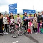 Kadın bisikletçilere dikkati çekmek için pedal çeviriyorlar