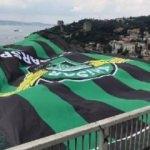 Akhisarspor'un bayrağı FSM Köprüsü'nde