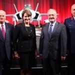 İlk F-35 Türkiye'ye törenle teslim edildi!