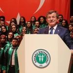 Eski Başbakan Ahmet Davutoğlu, mezuniyet törenine katıldı