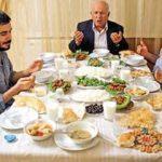 Yemek yemeden önce okunacak dua! Yemeye başlamadan önce yemek duaları!