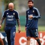Messi'den Sampaoli'ye: En az 10 kez bana sordun...