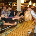 Kırıkkale'de market açılışında izdiham