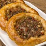 Tatar böreği nasıl yapılır?