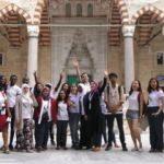 Gönüllü elçiler Türk kültürünü dünyaya tanıtacak