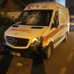 Park halindeki ambulansa taşlı saldırı
