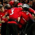 Manchester United açılışta hata yapmadı!