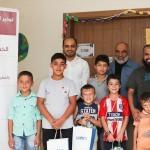 Suriyeli yetim çocuklara hediye