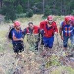 Adana'da kanyonda mahsur kalan baba ile oğlu kurtarıldı