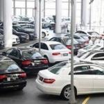 Lüks otomobil satışları hız kesti