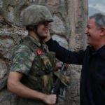 Milli Savunma Bakanı Akar, Hakkari'de