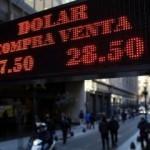 Arjantin faizleri yüzde 60'a çıkardı