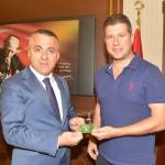 Vali Bilgin'den Kırklarelispor'a destek