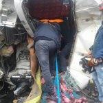 Tırda sıkışan sürücü kurtarıldı