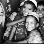 Gamze Özçelik Afrikalı çocuklar için evini sattı