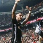 Taraftar Beşiktaş'ı ihya ediyor! Quaresma...