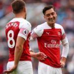 Mesut Özil attı Arsenal kazandı! 9 ay sonra ilk...
