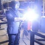 Bakan'dan yerli üretim yapan fabrikalara ziyaret