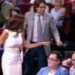 Ünlü oyuncu, seyirciyi canlı yayında tokatladı