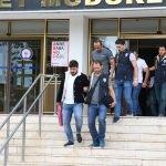 Denizli'de internet üzerinden dolandırıcılık yapan 7 kişi yakalandı