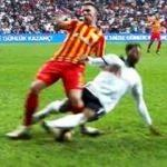Beşiktaş maçında kırmızı tartışması! 'Gaddarca'