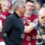 Manchester United eriyor! Yine kayıp...