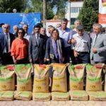 Büyükşehir'in çiftçilere desteği sürüyor