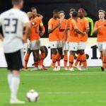 Hollanda Almanya'yı bozguna uğrattı