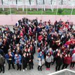 """Öğrenciler """"1 lira"""" ile tasarruf edip bağış yapıyor"""