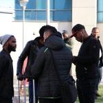 Maçta kalp krizi geçirip hastanede ölen Nijeryalı futbolcu toprağa verildi