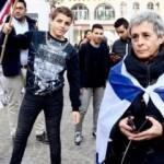 İsrailli kadın çocuklara saldırdı!