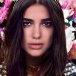 Genç şarkıcı Dupa Lipa tam bir Türk kızı